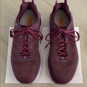 Hoka sneakers sz9